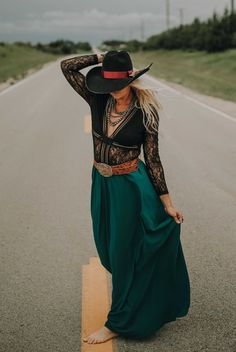 green maxi skirt, flowy maxi skirt, western fashion, modest fashion Western Outfits Women, Western Wear For Women, Skirt Fashion, Boho Fashion, Modest Fashion, Texas Fashion, Fashion Styles, Maxi Skirt Outfits, On The Road Again