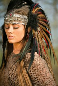 Feather Headdress perfect for the festival season. We love this unique piece at wonderland wigs. Feather Headdress, Feather Headband, Native American Beauty, Native American Indians, Native Americans, Larp, Burning Man Outfits, Foto Art, Tribal Fusion