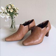 Liz Claiborne Booties Sz5.5 Good used Condition. Liz Claiborne Shoes Ankle Boots & Booties