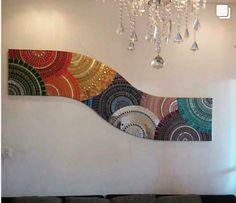 Mural en mosaico ondulado