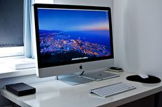 Home Office - Apple <3 Yes please