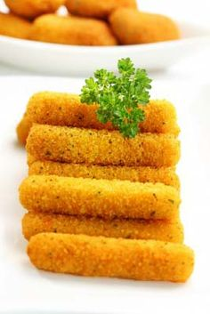 Gluten Free Mozzarella Sticks Recipe: http://glutenfreerecipebox.com/gluten-free-mozzarella-sticks-recipe/ #glutenfree