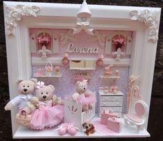 quartos em miniaturas - Pesquisa Google Home Crafts, Diy And Crafts, Kit Bebe, 3d Quilling, Baby Frame, Bear Party, Baby Kit, Miniature Rooms, Baby Memories