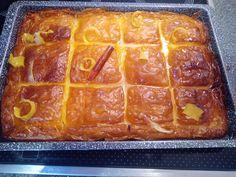 82607741_661298511075203_707535500545622016_n Greek Sweets, Greek Desserts, Almond Coconut Cake, Sweet Recipes, Bacon, Deserts, Food And Drink, Breakfast, Morning Coffee