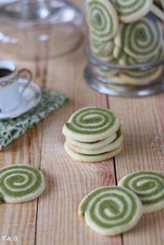 Biscuits spirales au thé vert matcha