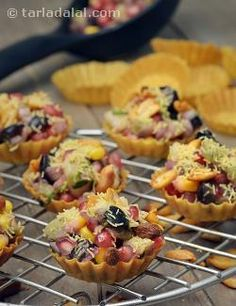 40 Ideas For Fruit Appetizers For Party Ideas Appetizer Recipes Tart Recipes, Veg Recipes, Indian Food Recipes, Snack Recipes, Cooking Recipes, Aloo Recipes, Sweet Recipes, Yummy Recipes, Recipies