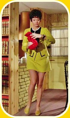 60s Mod Fashion, Trendy Fashion, Linda Thorson, Tara King, Avengers Girl, Avengers Images, Emma Peel, Bond Girls, Canadian Actresses