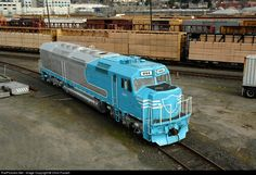 RailPictures.Net Photo: DLMX 644 Portland & Western Railroad EMD SDP40F at Portland, Oregon by Chris Fussell