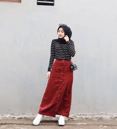 The Effective Pictures We Offer You About fashionista style drawing A qualit… – Hijab Fashion 2020 Hijab Casual, Hijab Fashion Casual, Stylish Hijab, Street Hijab Fashion, Muslim Fashion, Ootd Fashion, Fashion 2020, Hijab Chic, Fashion Outfits