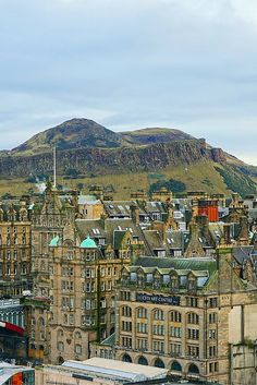 See the best of Edinburgh, Scotland in four days. This itinerary is perfect for first-time visitors to see all the popular attractions in the city, including Arthur's Seat.