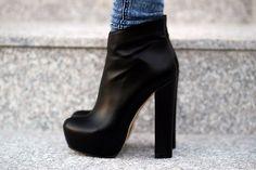 black//