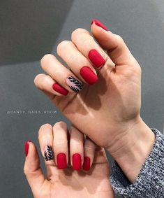 55 amazing red nail ideas that you can create when ever you want - Red nails look so shiny and beautiful compared with other colored nails. You can wear red nails in - Classy Nails, Stylish Nails, Trendy Nails, Nail Manicure, Gel Nails, Coffin Nails, Nail Polish, Red Nail Designs, Minimalist Nails