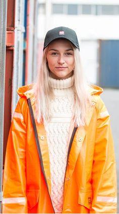 Heavy duty rainwear and raingear from the Icelandic fashion brand. How to combine a PVC raincoat into a stunning look for rainy weather Festival Raincoat, Girls Wear, Women Wear, Wellies Rain Boots, How To Dress For A Wedding, Rain Gear, Streetwear Fashion, Beauty Women, Fashion Brand