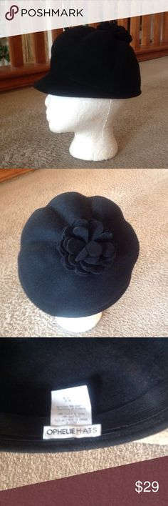 OPHELIE HATS Black Wool Hat. GREAT BUyY! Describes this Black Wool OPHELIE HATS Bucket Hat that measures 22 inches inside circumference. ophelie hats Accessories Hats