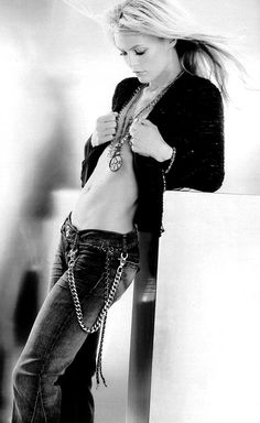 Vanessa Paradis - actrice interpréte