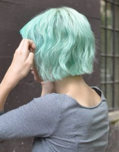 Mint Short Bob Hairstyles 2013