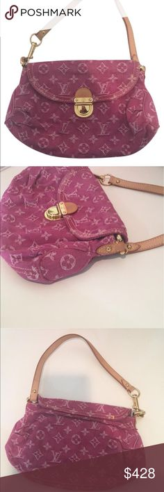 Mini Pleaty Denim Fuchsia In amazing condition.  No signs of wear and only used a handful of times.  This is an authentic LOUIS VUITTON Denim Mini Pleaty Fuchsia.  This unique bag is made of aged denim, which means that no two of these bags will be the same. It has a single press-clip closure with pleasted sides to give this extra capacity and a lovely style. The interior is a pink microfiber lining with an interior patch pocket. Wear this bag for every day occasions that call for style and…