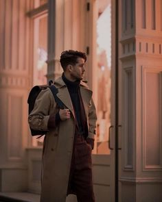 Burberry Men, Gucci Men, Adam Gallagher, Foto E Video, Photo And Video, Hipster Man, Boy Pictures, Gentleman Style, Stylish Men