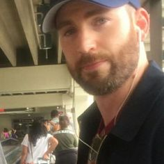 Don't blame him for not being smiling for the photos yesterday. He was probably very tired... #ChrisEvans #CaptainAmerica #TeamCap #CivilWar #teamcevans #IronMan #BeforeWeGo #Movie #Like4Like #Follow #WinterSoldier #SebastianStan #StandWithCap #TogetherWeStand #DividedWeFall #Falcon #scarlettwitch #Beard #DoritosGuy #Avenger #TheFirstAvenger