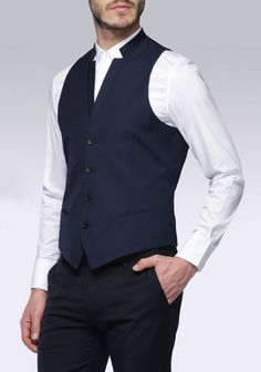 Classic waistcoat with detachable collar