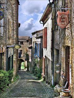 Cordes sur Ciel, France