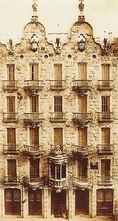 Casa Calvet / Album / Fachada Casa Calvet
