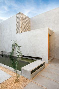 Casa Gabriela fue diseñada por TACO Taller de Arquitectura Contextual. | Galería de fotos 1 de 13 | AD MX