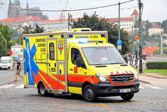 Strašák mrtvice: 8 příznaků, kdymusíte hned volat záchranku - Proženy Vehicles, Car, Vehicle, Tools