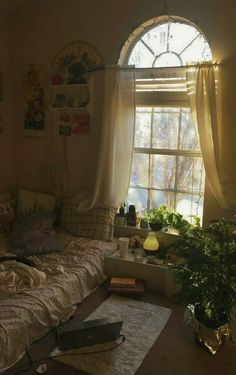 Room Ideas Bedroom, Bedroom Decor, Bedroom Inspo, Bedroom Wall, Bed Room, Indie Room, Pretty Room, Aesthetic Room Decor, Cozy Room