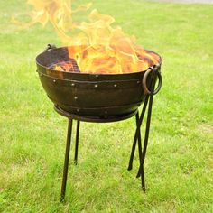 Mini Travel Size Kadai Fire Bowl and Bag - This Mini Travel Size Kadai Fire Bowl has been developed based on the success of it's bigger brother the recycled Kadai Fire Bowl. The fire bowl is ideal to use on the move, perhaps for a BBQ on the beach or maybe a camp fire while on a camping trip