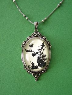 Peter Pan Necklace, Amazing.