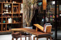 Book stand - Design by Shigeki Matsuoka Book Stands, Stand Design, Home Decor Furniture, Japan, Japanese, Bookcase, Booth Design