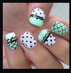 Lattice & dots nail art