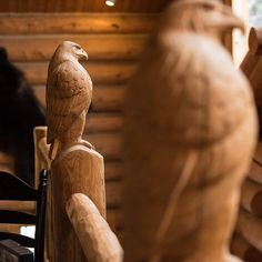 Carved log eagles in the lodge. #wpguestranch #westernpleasure #westernpleasureguestranch #lodge #logcabin #staypnw #cabinlove #sandpoint #cabin #joelrinerphotography #chainsawart #idaho #northidaho #visitnorthidaho #visitidaho www.westernpleasureranch.com Chain Saw Art, Guest Ranch, Western Pleasure, Idaho, Eagles, Photo Galleries, Carving, Rooms, Gallery