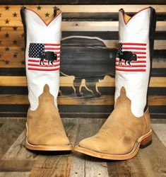 Western Wear, Western Boots, Anderson Bean Boots, Patagonia Pullover, Custom Boots, Cowboy Up, Boot Shop, Bison, Cowgirl Boots