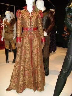 The beautiful Elizabethan inspired dress of Princess Abigail in Once Upon A Time.