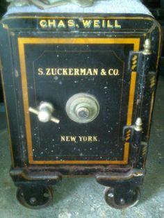1000 images about antique safes on pinterest antique safe canton ohio and antique iron. Black Bedroom Furniture Sets. Home Design Ideas