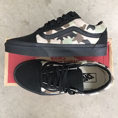 Desert Camo Old Skool Vans by Blake Barash Vans Old Skool Custom, Custom Slip On Vans, All Black Vans, Painted Vans, Desert Camo, Vans Classic, Skate Shoes, Your Shoes, Athletic Shoes