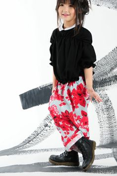 BOdeBO kids fashion WINTER 2011/12 FARI PANTS Baggy pants , low crotch , elastized waist, three pockets with unfinisheds hems