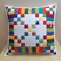 23 Ideas Patchwork Cushion Cover Baby Quilts For 2019 Applique Cushions, Patchwork Cushion, Sewing Pillows, Quilted Pillow, Small Quilt Projects, Quilting Projects, Quilting Designs, Sewing Projects, Small Quilts