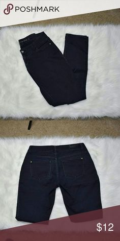 Celebrity Pink Black Skinny Jeans In excellent condition! Very stretchy and soft! Celebrity Pink Pants Skinny