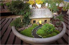 creative-garden-design-with-broken-vessels-planting-diy-idea3