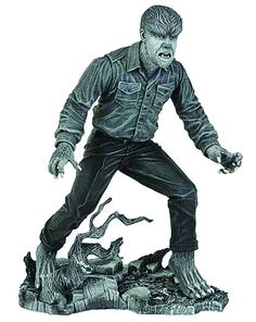 """Universal Monsters Select 7"""" Black & White The Wolfman Action Figure"""