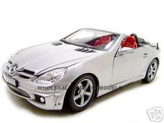 2005 Mercedes SLK 55 AMG Diecast Model Silver 1/18 Die Cast Car By Motormax