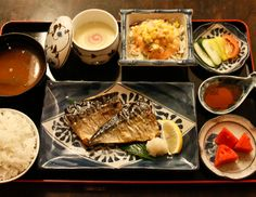Ideas for Japanese set meal at home.