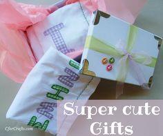 Κεντημένα με το όνομα του μωρού! Απόλυτα προσωπικά & μοναδικά σεντονάκια! http://www.cforcrafts.com/products/moda/paidi/lianiki/set-sentonia-vrefika-me-onoma?utm_content=buffer118e9&utm_medium=social&utm_source=pinterest.com&utm_campaign=buffer #CforCrafts_baby #Baptism