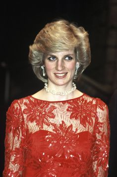 Pin for Later: 8 Iconic Princess Diana Outfits That Have Stood the Test of Time The Illusion Dress