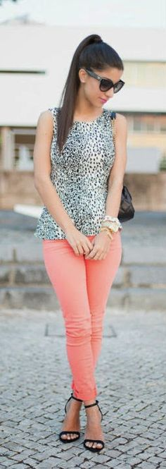 Pastel Pant + Animal Print    Fashion outfits and clothes for women