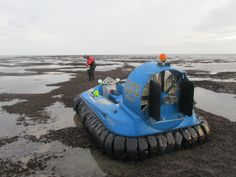 Hov Pod SPX TCC 120HP Turbo - This 3-4 seater hovercraft is powered by the very popular Weber Automotive 120HP Turbo powered engine.