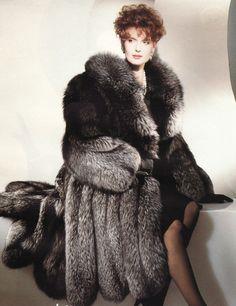 Silver Fox Fur Coat Murder, slaughter, Barbaric